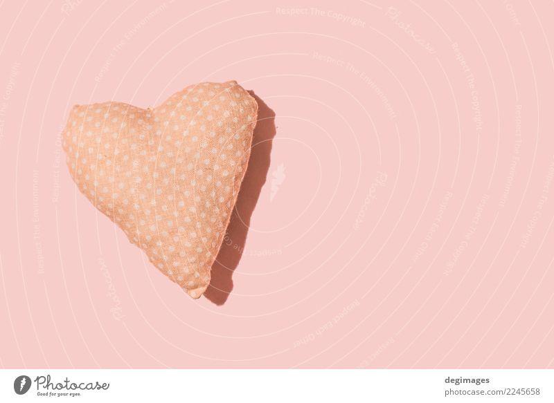 Herzkissen auf Rosa grün weiß rot Liebe Feste & Feiern rosa Design Dekoration & Verzierung weich Symbole & Metaphern Stoff Valentinstag Konsistenz Kissen