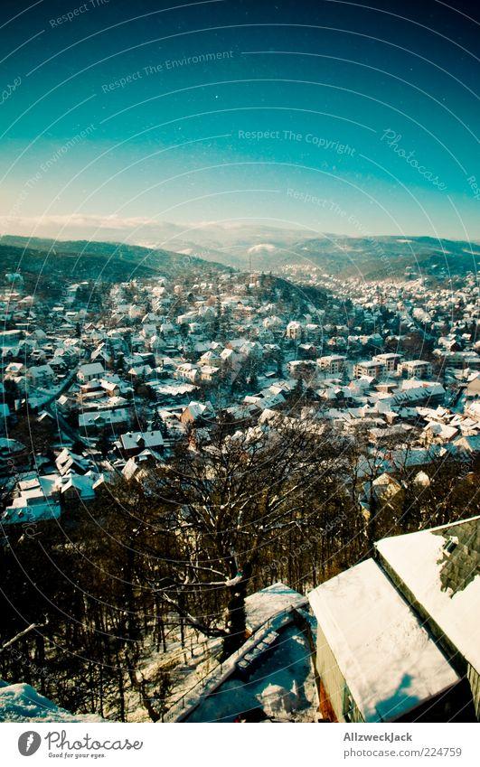 Wernigeroder Panorama Harz Dorf Kleinstadt Skyline Gebäude blau Vogelperspektive Aussicht Winter Schnee Farbfoto Außenaufnahme Menschenleer Tag
