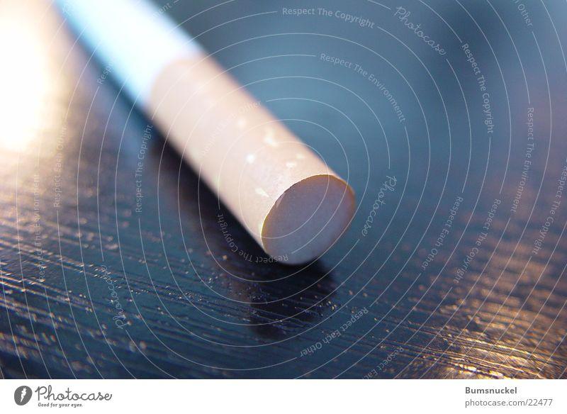 Zigarettenfilter Tisch Rauchen obskur Zigarette Filter
