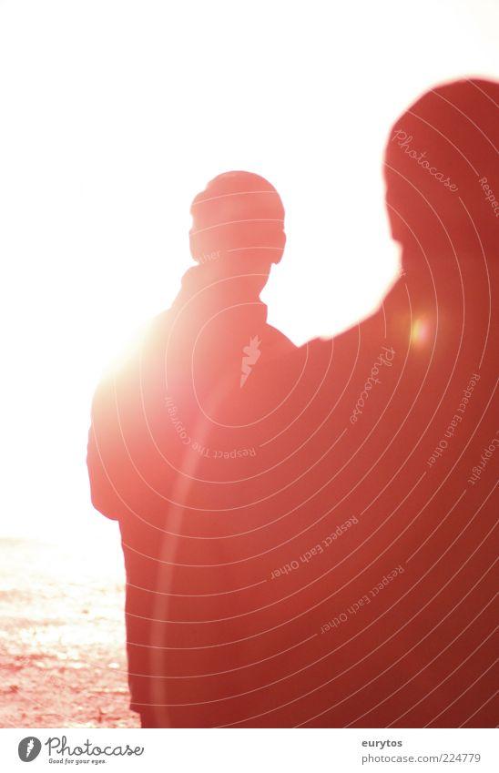 Als der Engel erschien... Mensch maskulin 2 rot Stimmung blenden grell geblitzt Farbfoto Außenaufnahme abstrakt Strukturen & Formen Nacht Kunstlicht Silhouette
