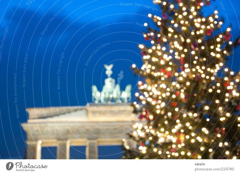 weihnachten, diffus. Nachthimmel Winter Berlin-Mitte Deutschland Hauptstadt Menschenleer Bauwerk Sehenswürdigkeit Wahrzeichen Brandenburger Tor