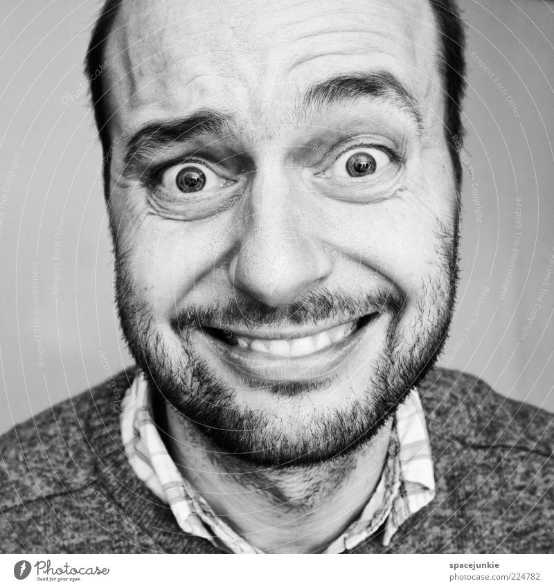 Ach, nee nä? Mensch Mann Auge Kopf Erwachsene verrückt maskulin außergewöhnlich Freundlichkeit Hemd Bart skurril Lächeln Verzweiflung grinsen