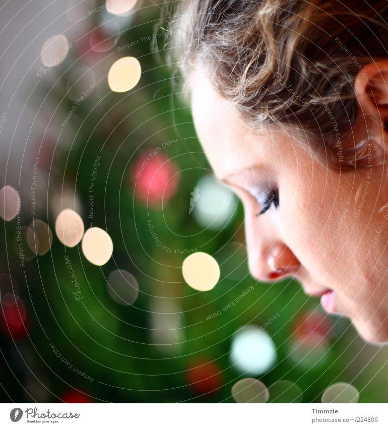 Jesus-Geburtstag Junge Frau Jugendliche Gesicht 1 Mensch 18-30 Jahre Erwachsene Piercing Denken Feste & Feiern träumen schön Zufriedenheit Vertrauen dankbar