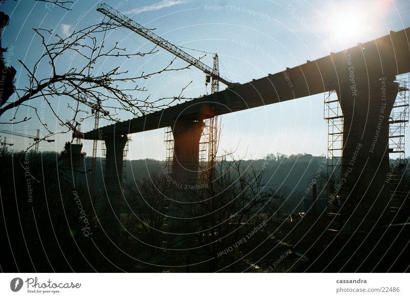 Brückenbau Stimmung Brücke Niveau Baustelle Autobahn Kran Brückenbau