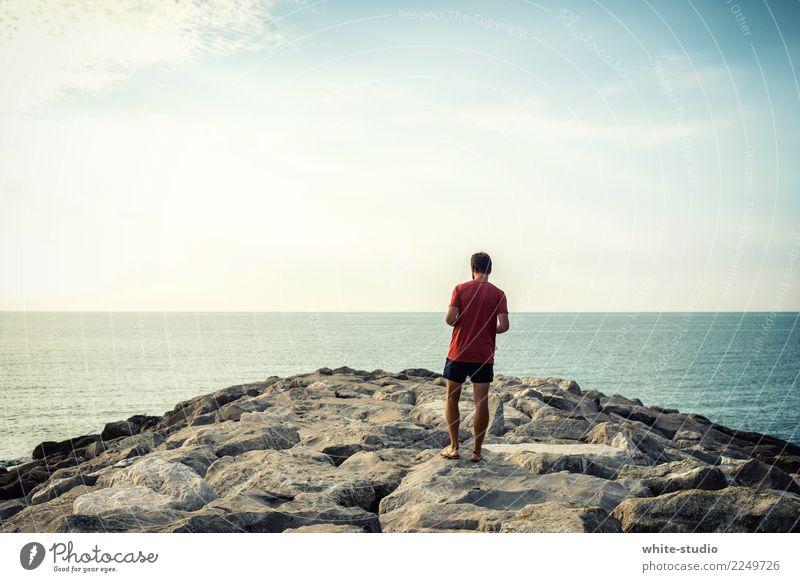Unendlich frei! Gesundheit Ferien & Urlaub & Reisen Tourismus Ferne Freiheit Sommer Sommerurlaub Sonne Sonnenbad Strand Meer Junger Mann Jugendliche Erwachsene