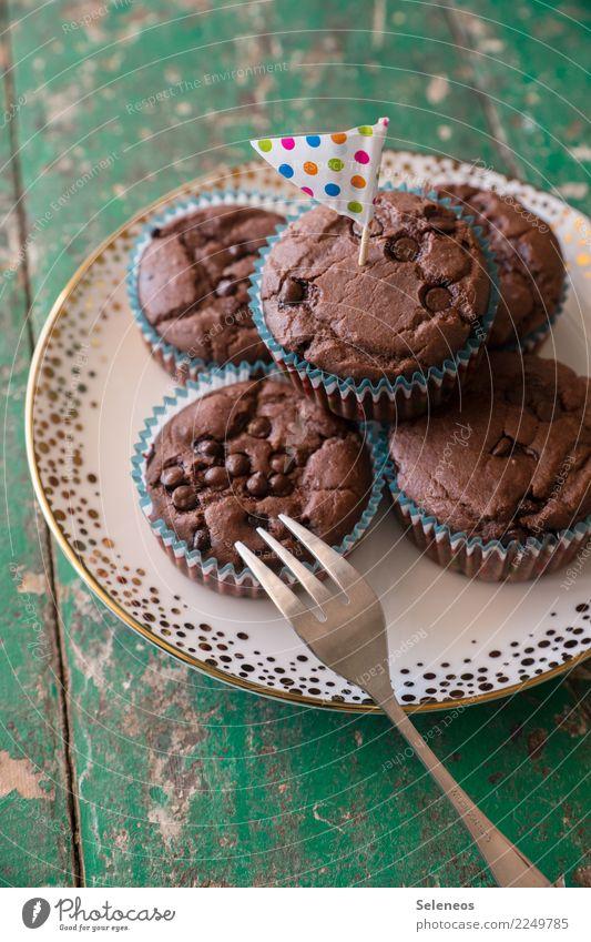 Schokomuffins Lebensmittel Teigwaren Backwaren Dessert Süßwaren Muffin Ernährung Kaffeetrinken Picknick genießen lecker süß Farbfoto Innenaufnahme
