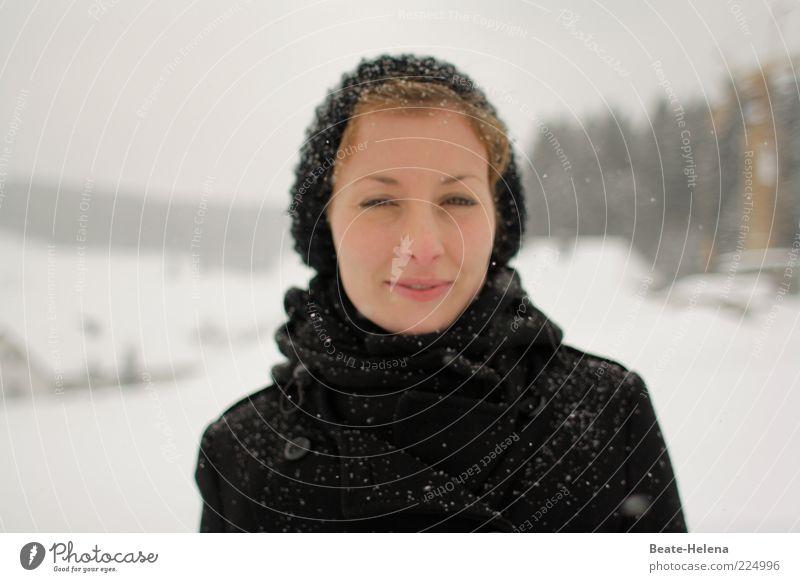 Der nächste Frühling kommt bestimmt Natur Jugendliche weiß schön Freude Winter schwarz Gesicht Erwachsene Erholung feminin Schnee Glück Schneefall natürlich