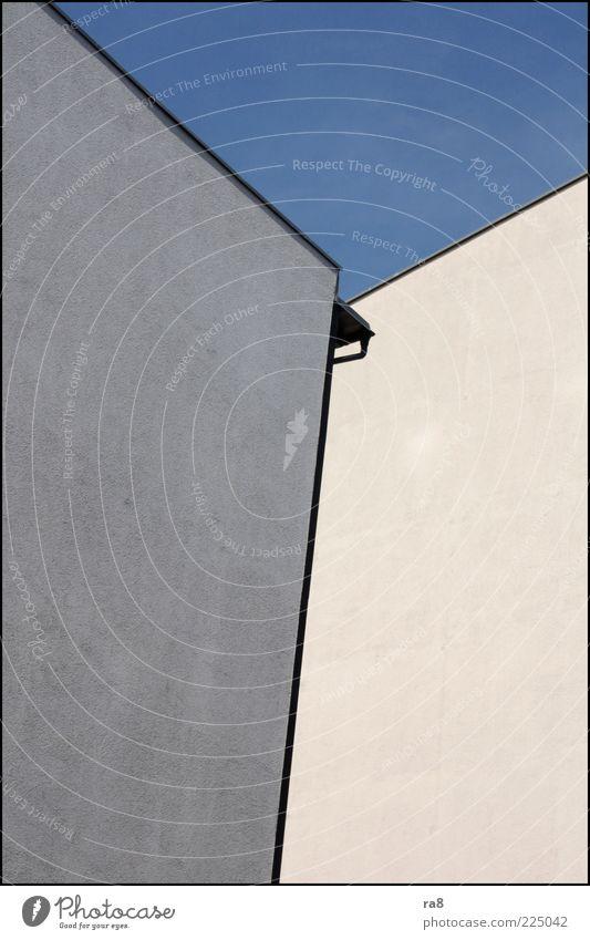 giebel auguststr. Wand Mauer Zufriedenheit Fassade ästhetisch Ecke Blauer Himmel