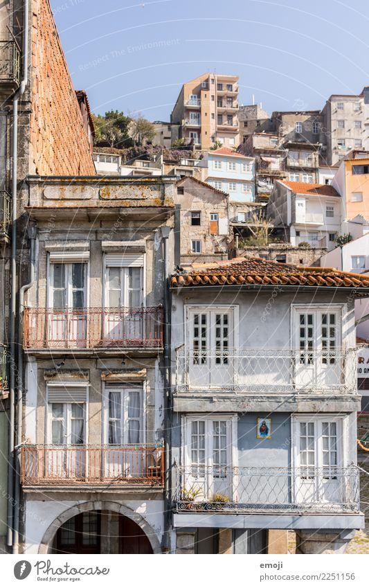Porto alt Stadt Haus Wand Mauer Tourismus Fassade Stadtrand Portugal