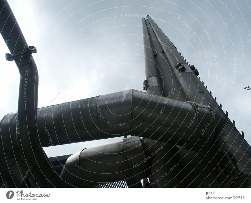 Schornstein des Deponiegaskraftwerks Himmel Technik & Technologie Fabrik Stahl Aktien Stromkraftwerke Elektrisches Gerät