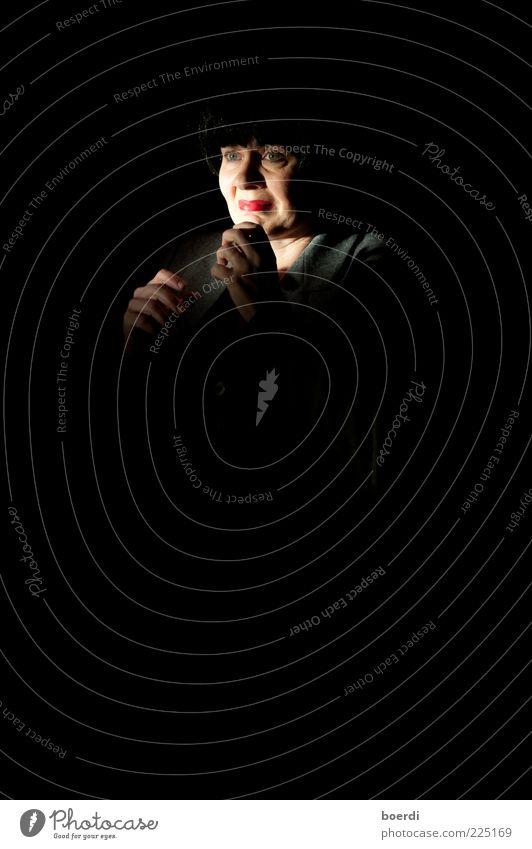 eRschreckend Mensch Frau Erwachsene Kopf Gesicht 1 Künstler Schauspieler gruselig Stimmung Angst Entsetzen Todesangst Stress Verzweiflung verstört erschrecken