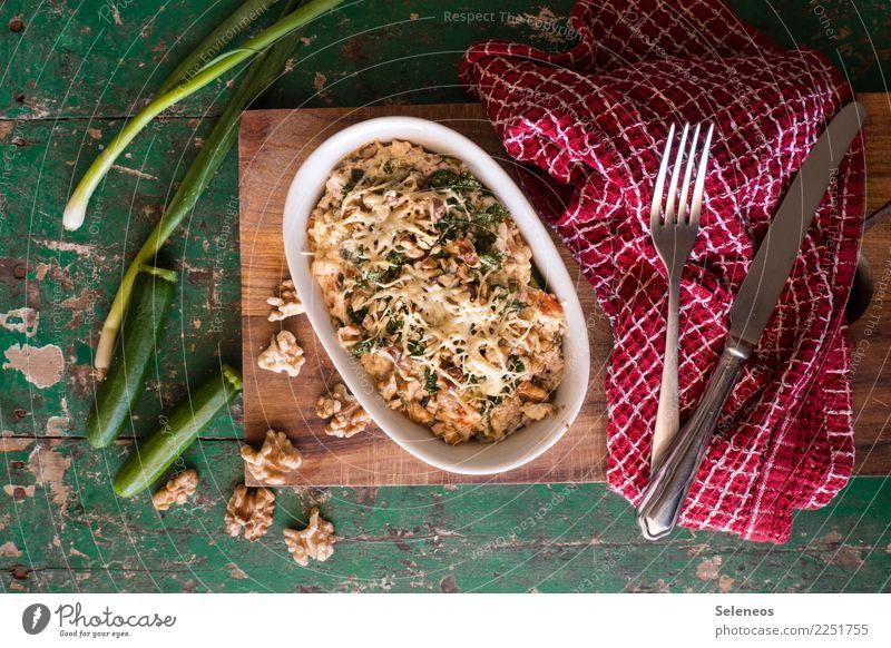 Zucchini-Nuss Schleckerei Lebensmittel Gemüse Frühlingszwiebel Walnuss Käse Ernährung Essen Mittagessen Abendessen Bioprodukte Vegetarische Ernährung Diät