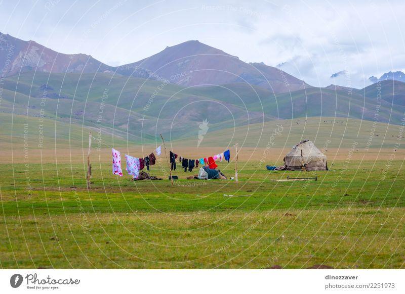 Natur Ferien & Urlaub & Reisen Sommer grün weiß Landschaft Haus Berge u. Gebirge Wiese Holz Gras Tourismus See Kultur Hügel Asien