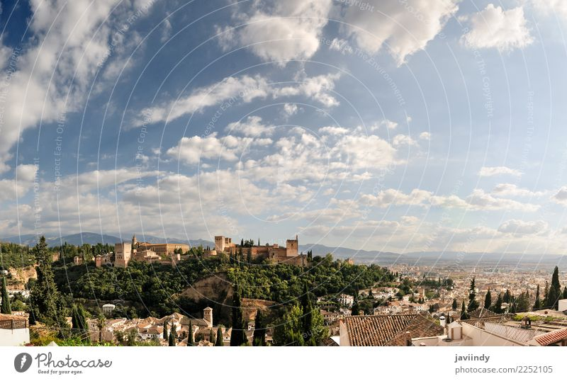 Panorama von Albaicin, Alhambra in Granada, Andalusien, Spanien Himmel Ferien & Urlaub & Reisen Stadt Haus Wolken Tourismus Ausflug Sehenswürdigkeit Wahrzeichen