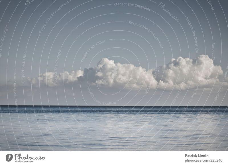 The world is flat Umwelt Natur Urelemente Luft Wasser Himmel Wolken Gewitterwolken Klima Klimawandel Wetter Wind Wellen Küste Ostsee Meer entdecken genießen