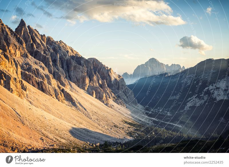 Bergwelten Natur Landschaft Schönes Wetter Alpen Berge u. Gebirge Dolomiten Civetta Gipfel wandern Italien Ferien & Urlaub & Reisen Bergsteigen Berghang