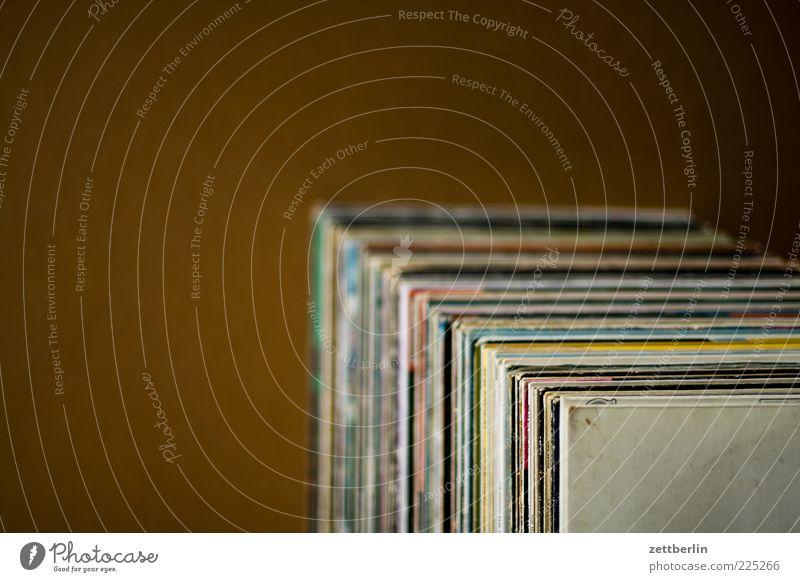 A bis Co Musik Stimmung viele Reihe Karton Schallplatte Detailaufnahme Entertainment Plattencover