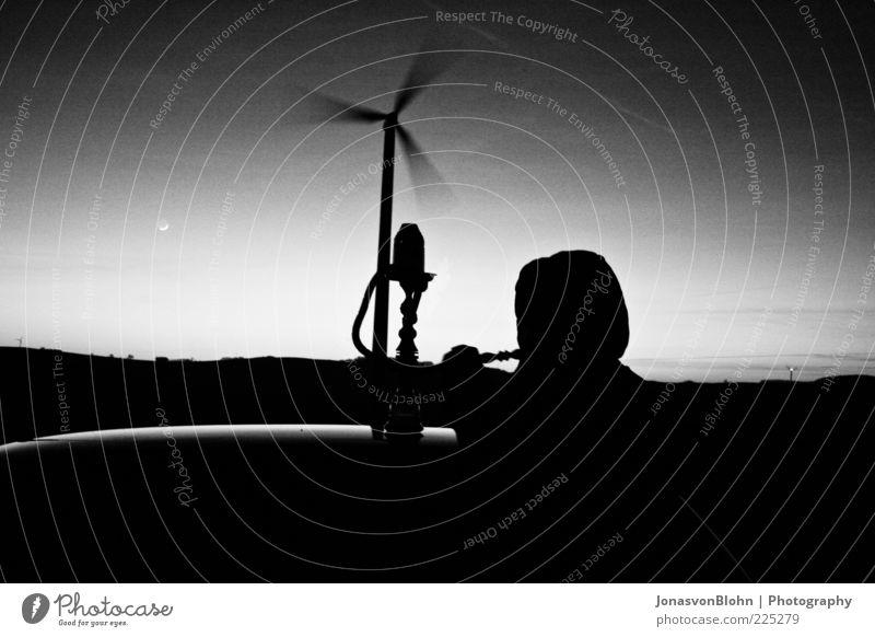Shisha Mann Mensch maskulin Erwachsene Kopf Haare & Frisuren 1 Schönes Wetter Schwarzweißfoto Außenaufnahme abstrakt Dämmerung Nacht Licht Schatten Kontrast