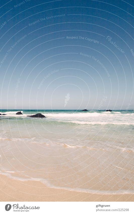 waves of indifference Himmel Natur Wasser blau Sommer Strand Meer Landschaft Umwelt Sand Stein Küste Wetter Wellen Horizont Felsen