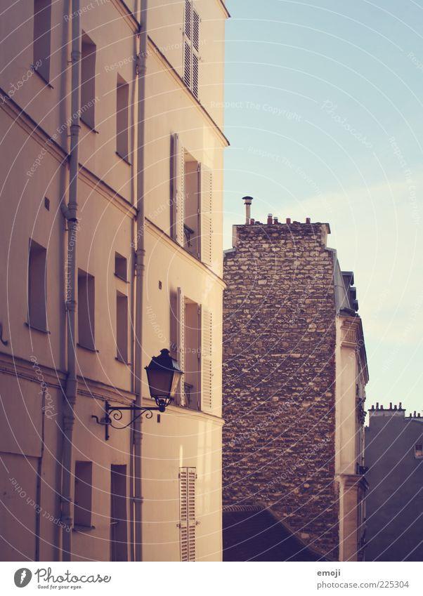 Backstein alt Haus Wand Mauer Gebäude Fassade Straßenbeleuchtung Backsteinwand