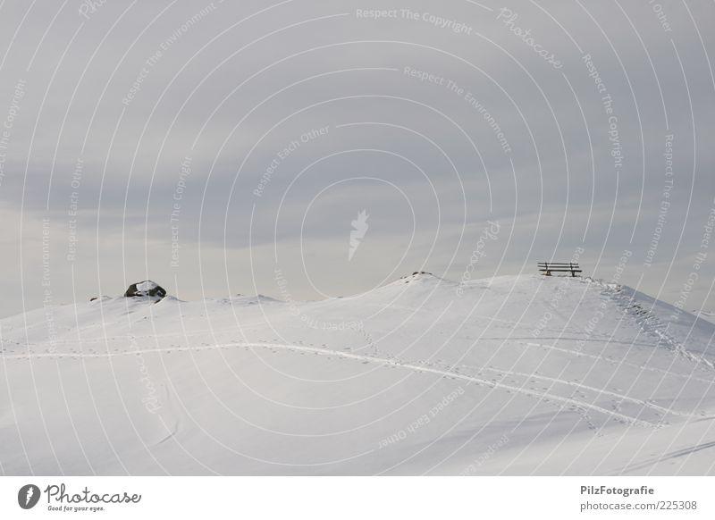Ruhe Skispur Umwelt Natur Himmel Winter Alpen Berge u. Gebirge Gipfel schwarz weiß ruhig Bank Wolken Farbfoto Menschenleer Schnee