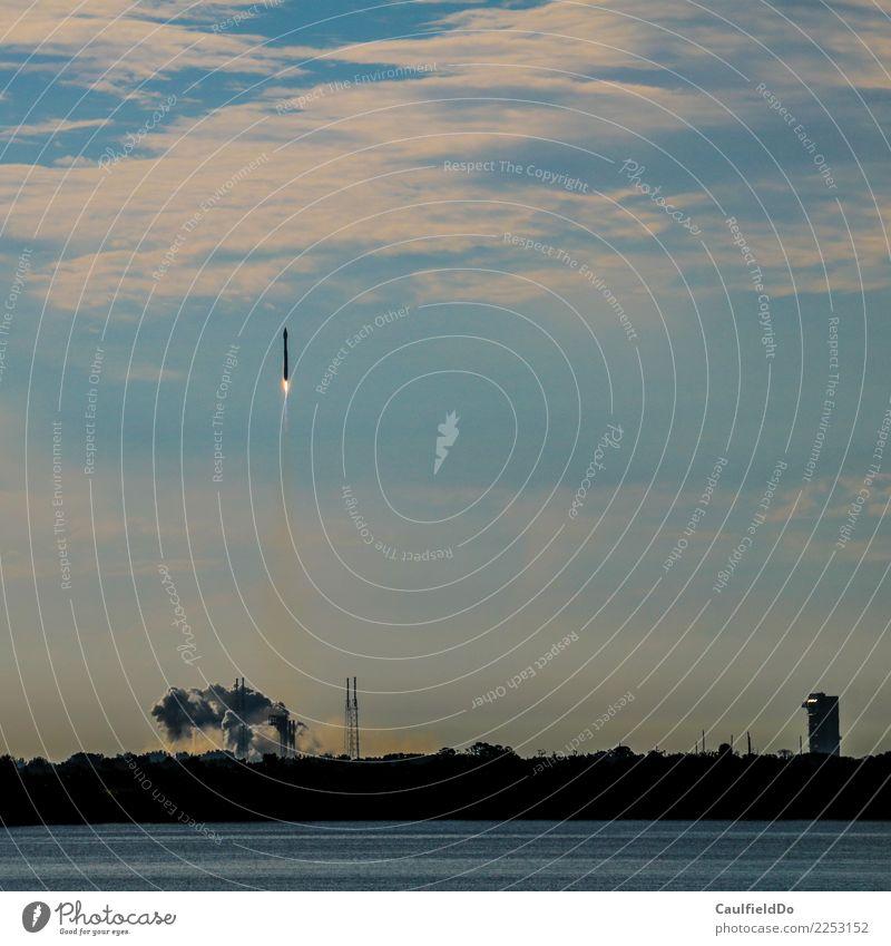 3 – 2 – 1 – Lift-off! Abenteuer Maschine Technik & Technologie Wissenschaften Fortschritt Zukunft High-Tech Raumfahrt Luft Luftverkehr Fluggerät Rakete Erfolg