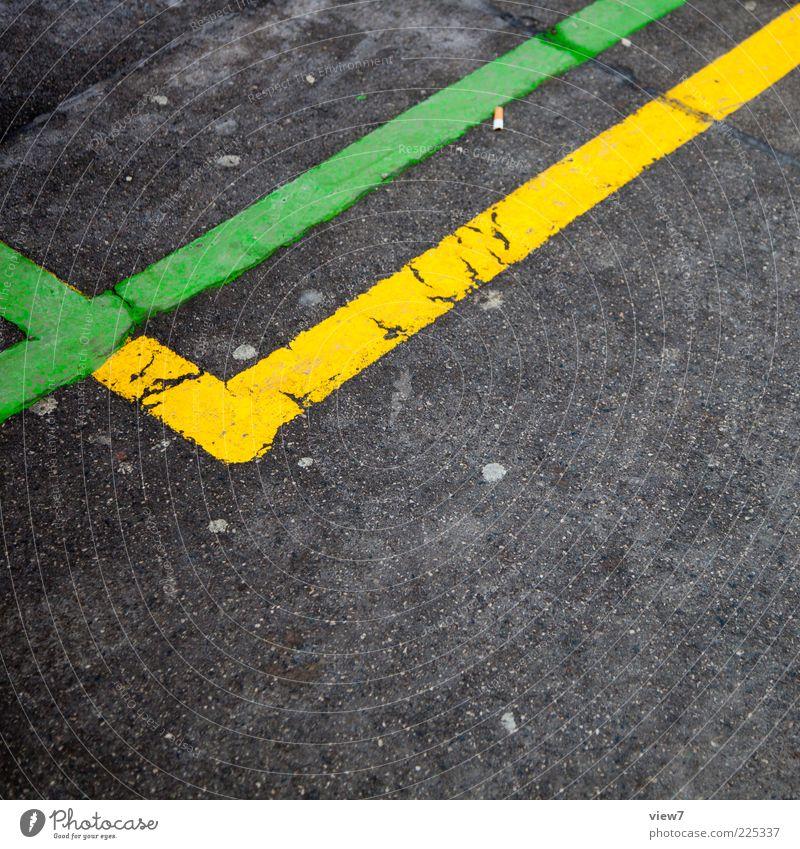 Naschmarkt Verkehrswege Wege & Pfade Beton Zeichen Linie Streifen alt dünn einfach gelb grün Design Grenze Markierungslinie Teer Asphalt Farbfoto mehrfarbig