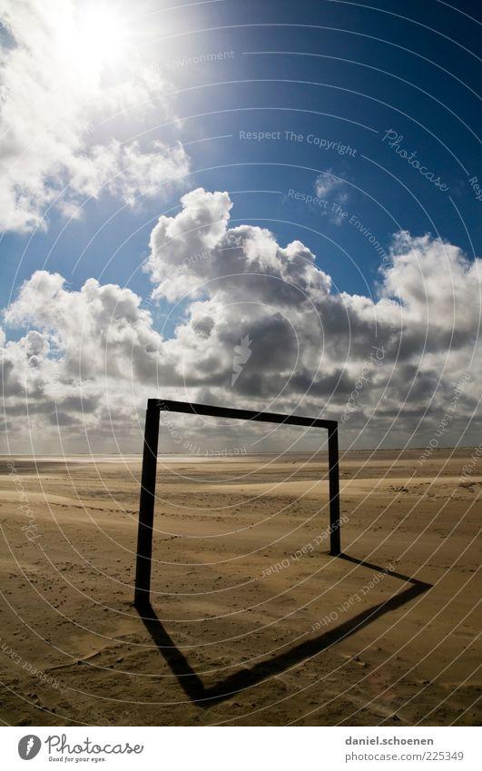 Winterpause ist vorbei !! blau Sonne Sommer Strand Ferien & Urlaub & Reisen Meer Wolken Sand Wetter leer Tor ohne Schönes Wetter Fußballplatz Klima fehlen