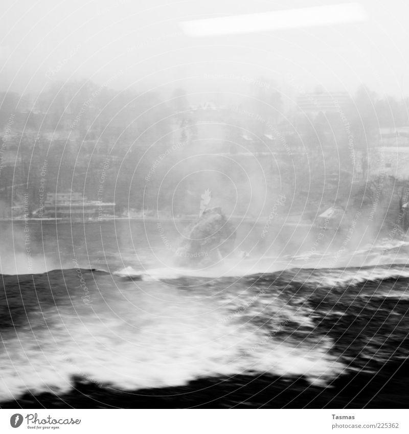 Strange Desire Luft Wasser Unwetter Wind Sturm Fluss Wasserfall Rheinfall fallen bedrohlich Leidenschaft Begierde Angst Reflexion & Spiegelung Schwarzweißfoto