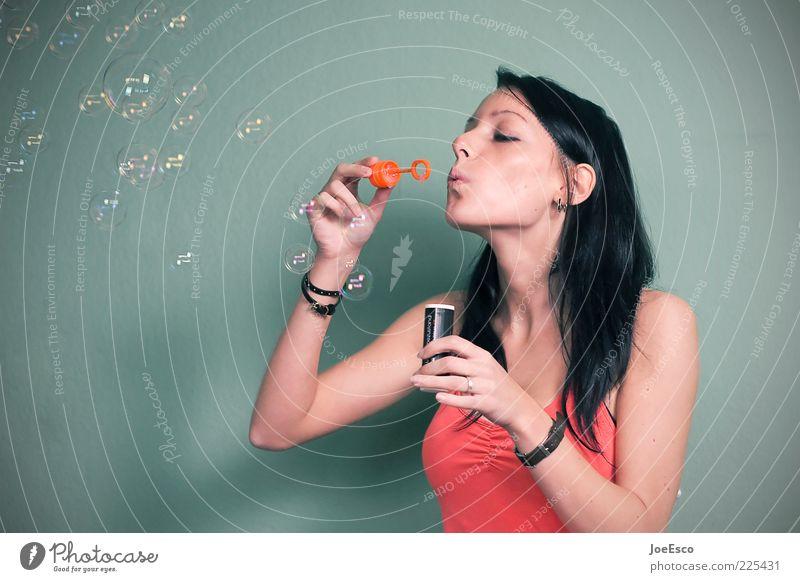 #225431 Frau Mensch schön Freude Leben Spielen Glück Erwachsene Freizeit & Hobby Beginn natürlich einzigartig Konzentration blasen Lebensfreude machen
