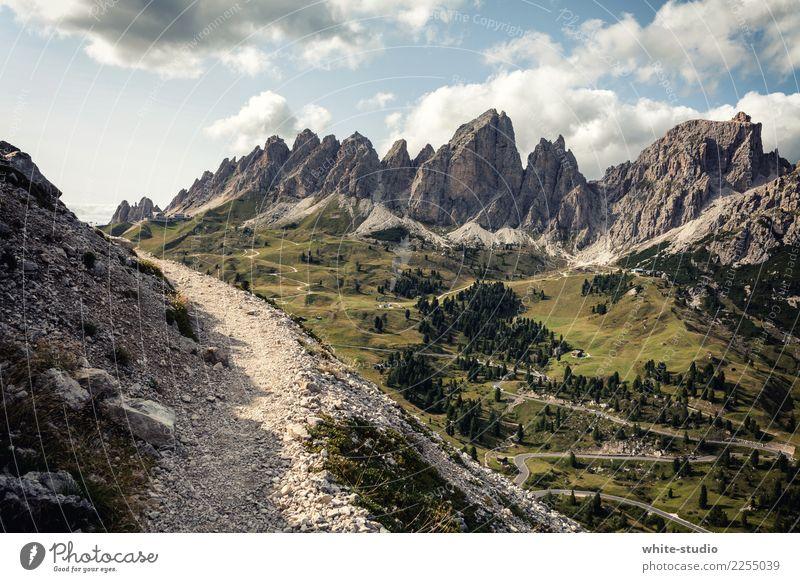 Der Weg ins Traumland Umwelt Berge u. Gebirge wandern Dolomiten Wege & Pfade Fußweg Peitlerkofel Spaziergang Traumlandschaft Aussicht Panorama (Aussicht) Alpen