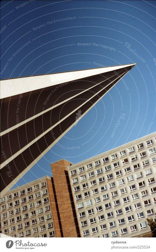 Das ist spitze! Stadt Stil Architektur Design ästhetisch einzigartig Spitze analog DDR Berlin-Mitte Hauptstadt Plattenbau Alexanderplatz Entwicklung