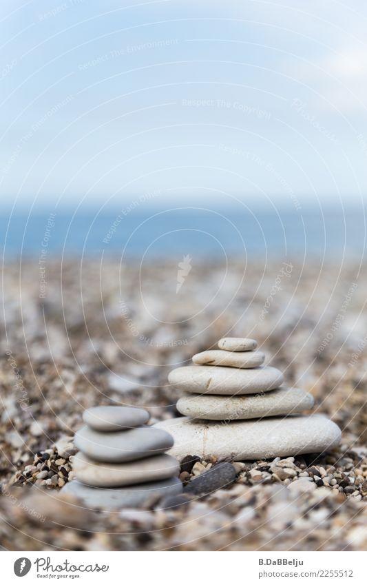 gemeinsam Wellness harmonisch Zufriedenheit Erholung Meditation Ferien & Urlaub & Reisen Sommerurlaub Strand Meer Natur Küste Stein Wasser ästhetisch