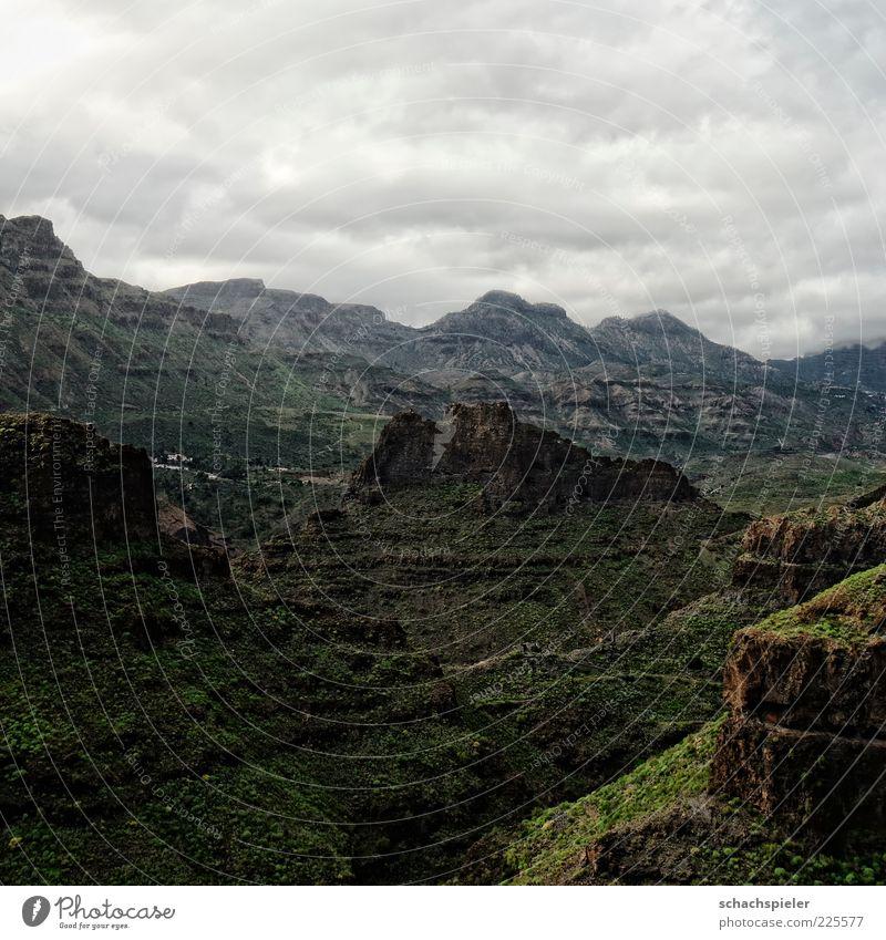 La Fortaleza Ferien & Urlaub & Reisen Tourismus Berge u. Gebirge Umwelt Natur Landschaft Wolken schlechtes Wetter Gran Canaria Schlucht Ferne Farbfoto