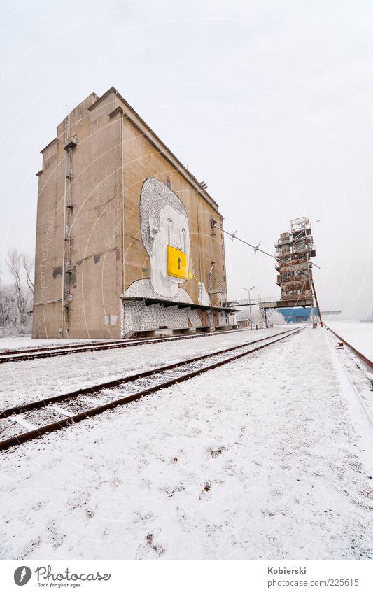 Alberner Hafen Winter ruhig gelb Graffiti braun Wandel & Veränderung Gleise stagnierend Industrieanlage