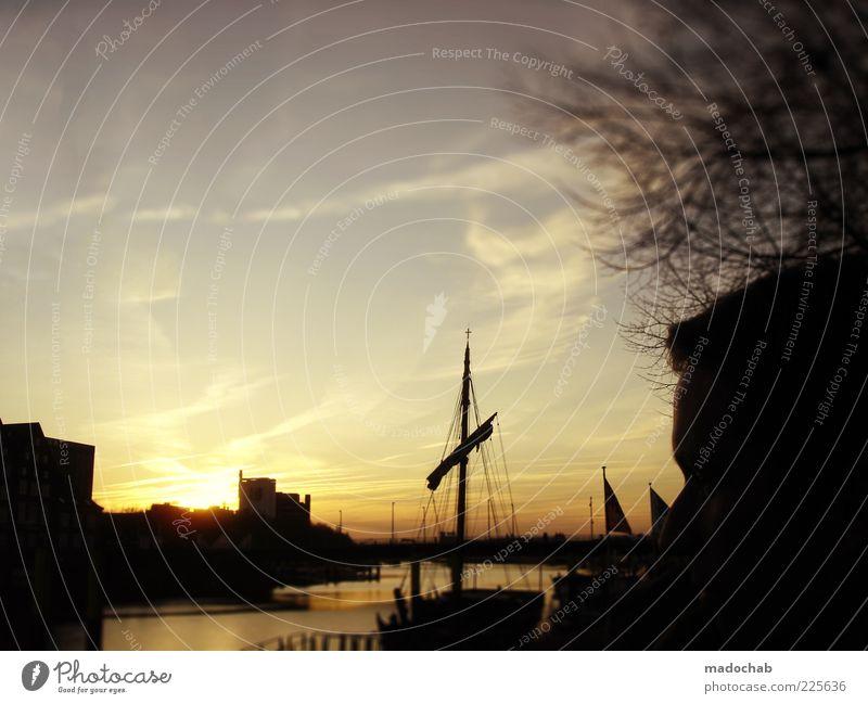 Heimathafen Natur Landschaft Küste Seeufer Flussufer Bucht Fjord Sehnsucht Heimweh Fernweh Hafen Wasserfahrzeug Segelboot Segelschiff Mast Romantik Kitsch