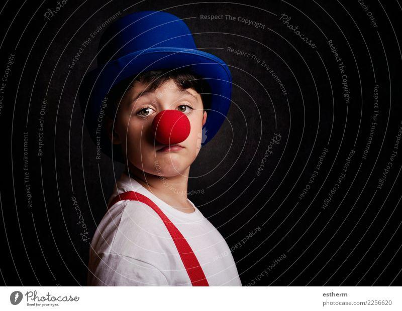 lustiger Junge mit Clownnase Lifestyle Freude Entertainment Party Veranstaltung Feste & Feiern Karneval Jahrmarkt Geburtstag Mensch maskulin Kind Kleinkind