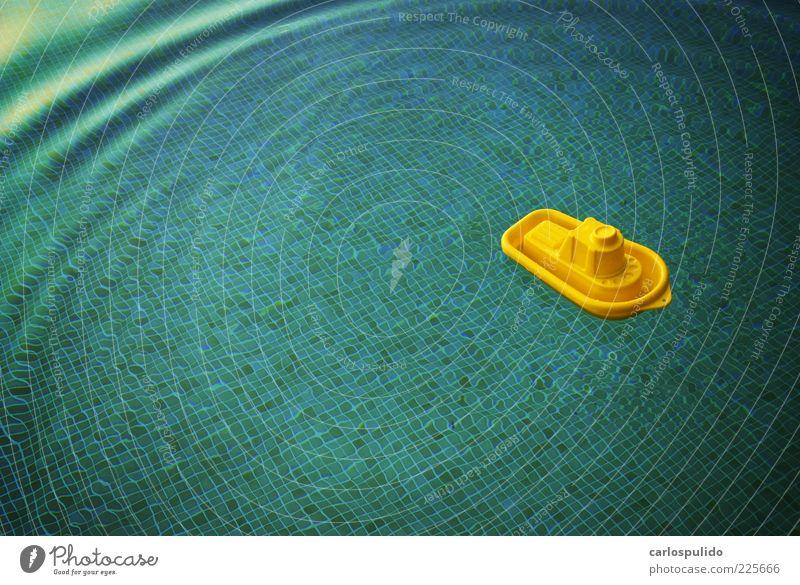 Wasser Sonne Sommer Ferien & Urlaub & Reisen Spielen Verkehr Ausflug Lifestyle Tourismus Schwimmbad Schwimmen & Baden Spielzeug genießen Schifffahrt Fähre