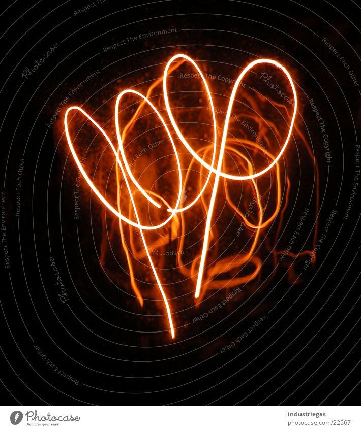glühbirne02 Lampe dunkel Glas Brand Technik & Technologie heiß Draht Glühbirne Neonlicht Spirale glühen Elektrisches Gerät Kolben Glühdraht