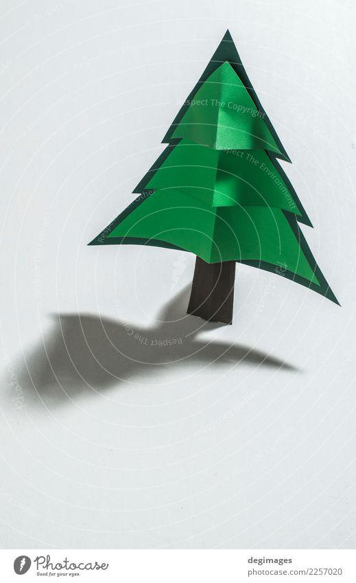 Weihnachtskiefer gemacht vom Papier auf Papierhintergrund. Design Winter Dekoration & Verzierung Feste & Feiern Weihnachten & Advent Kunst Baum Ornament neu