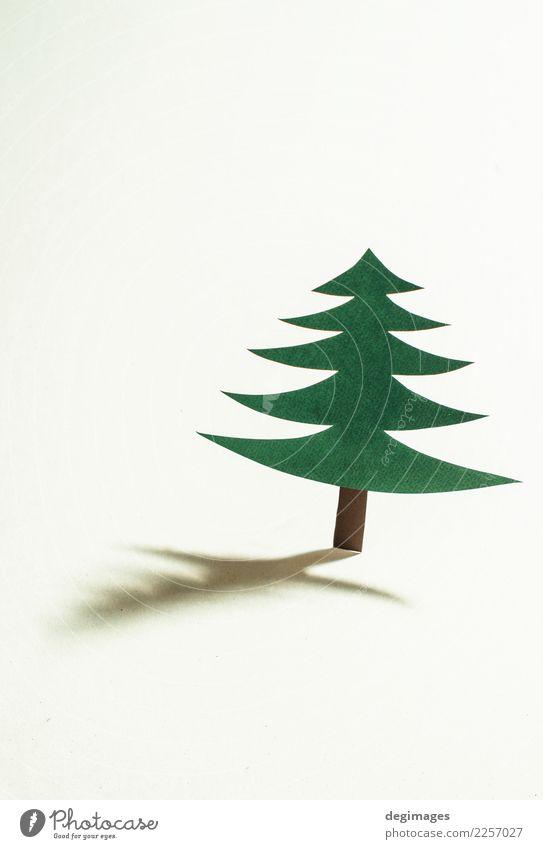 Weihnachtskiefer gemacht vom Papier auf Papierhintergrund Design Winter Dekoration & Verzierung Feste & Feiern Weihnachten & Advent Kunst Baum Ornament neu grün