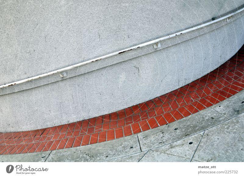Treppe ohne Stufen Wand Architektur Stein Mauer Beton Geländer aufwärts abwärts stagnierend Steigung Betonplatte Betonwand übergangslos