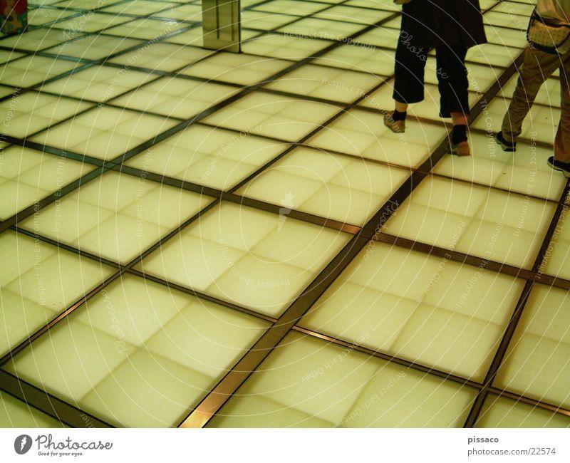 boden gelb Fuß Architektur Quadrat kariert