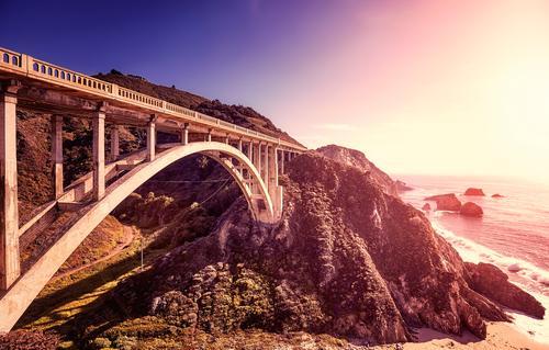 Bixby Creek Bridge bei Sonnenuntergang, Kalifornien, USA. Ferien & Urlaub & Reisen Sommer schön Landschaft Meer Erholung Strand Berge u. Gebirge Küste