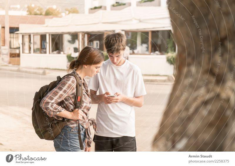 Den Weg suchen Mensch Ferien & Urlaub & Reisen Jugendliche Junge Frau Junger Mann Lifestyle Wege & Pfade feminin Familie & Verwandtschaft Tourismus Paar