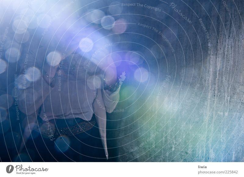 Crystal Fighter Wand Gefühle Stil glänzend Stoff Schmuck anonym Lichtbrechung Lichtpunkt traumhaft Bluse Mensch Lichteffekt
