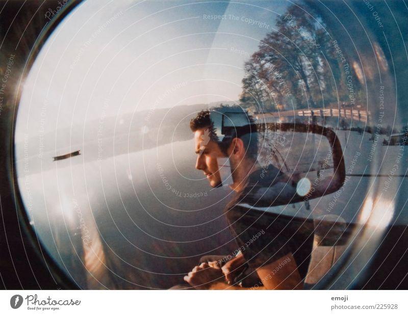 Aussenspiegel Mensch Jugendliche Wärme PKW Erwachsene maskulin Spiegel analog Doppelbelichtung 18-30 Jahre blenden KFZ Fischauge Mann Blendenfleck