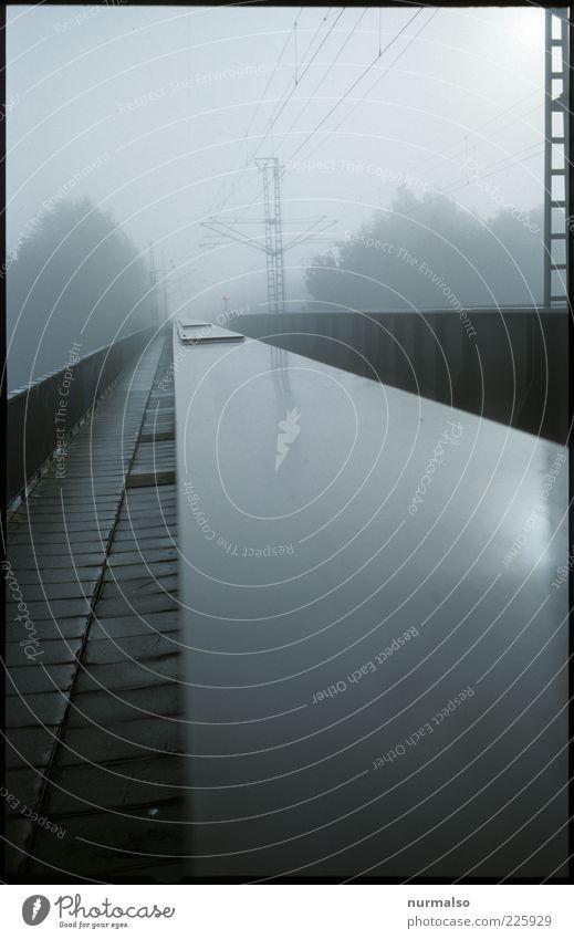 trist bridge Umwelt Natur Urelemente Herbst Wetter schlechtes Wetter Nebel Regen Verkehr Verkehrswege Schienenverkehr Eisenbahn Eisenbahnbrücke Oberleitung