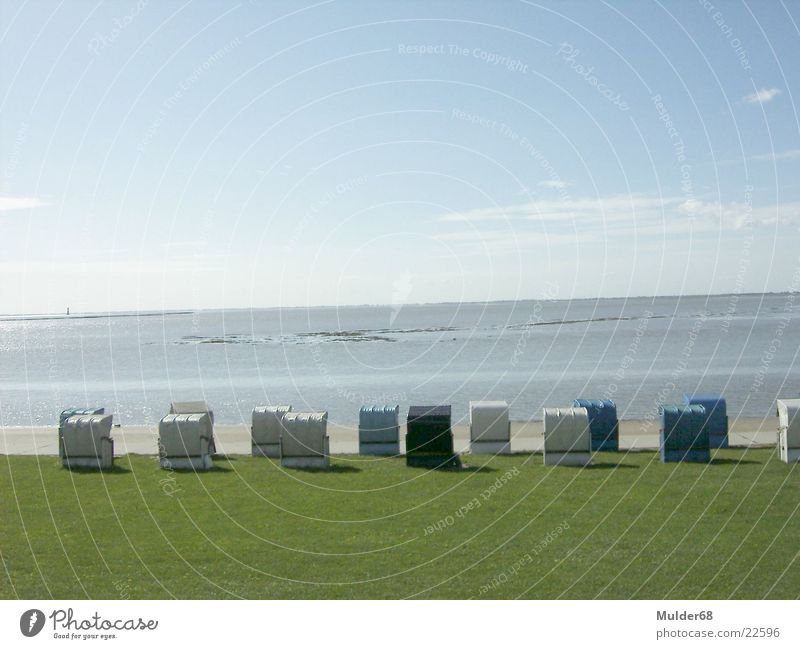 Sommer in Wilhelmshaven Wasser Himmel Meer blau Strandkorb Ebbe