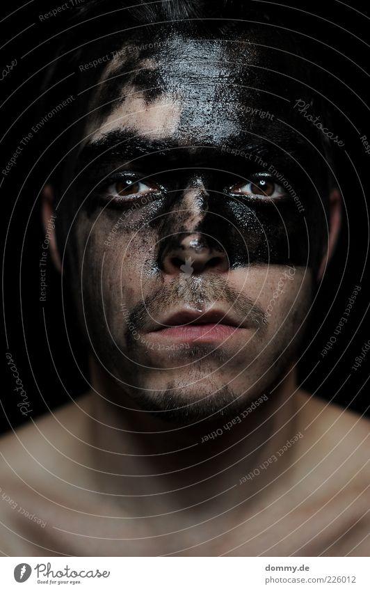 schwarz zu weiß Mensch Mann Jugendliche schwarz Gesicht Erwachsene Auge Haare & Frisuren Kopf Traurigkeit glänzend Junger Mann Mund maskulin Nase 18-30 Jahre